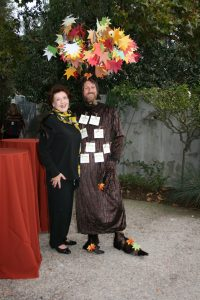Peggy Darka and Chris as tree 2016-10-23-15-53-12