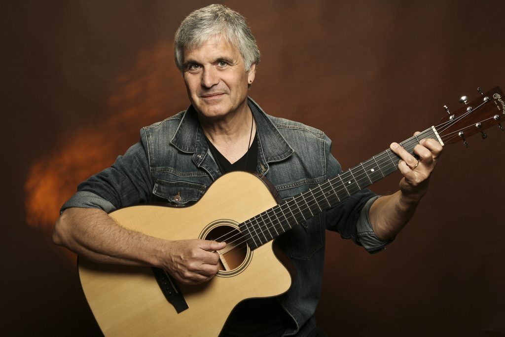 laurence-juber-photo-by-michael-lamont-sm3m0019